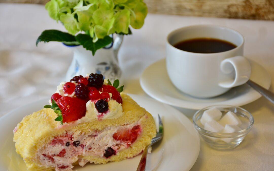 Einladung zum Kaffeeklatsch / verkürzte Sommerpause